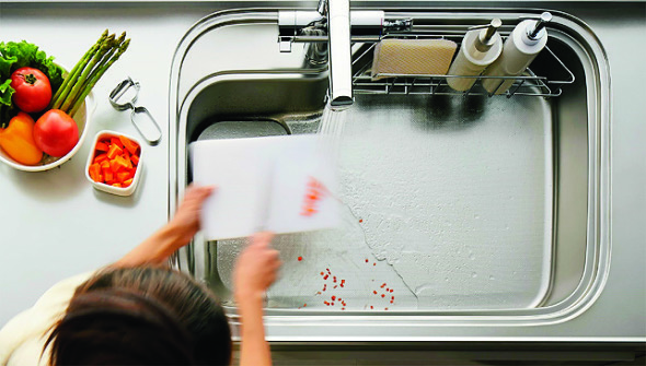 清掃性を追求した新システムキッチン