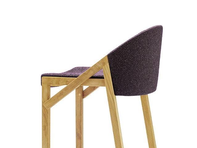 座り心地にこだわった椅子の数々